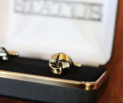 Love Knot Silver/Gold Cuff Links