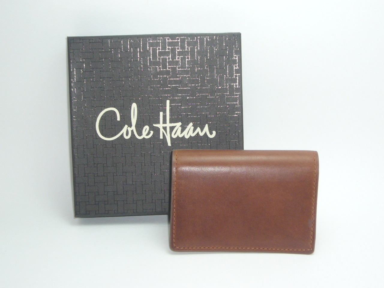 Cole Haan Leather Gusset Card Case Paladino Collection...Papaya